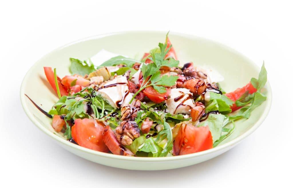 Salata Caprino